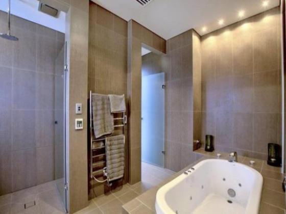 4,5 Zimmer-Penthouse-Wohnung mit 138 m² und Dachterasse in ...