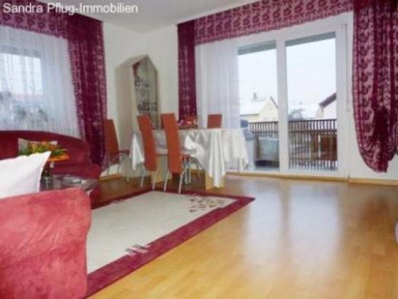 Hell freundlich ruhige Lage renovierte 3 Zimmerwohnung