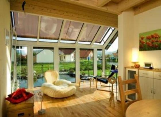 immobilie mit wintergarten nahe m ggelsee. Black Bedroom Furniture Sets. Home Design Ideas