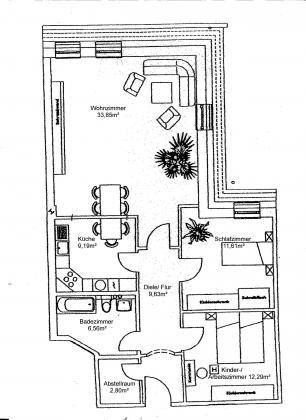 Moderne 3 - Raum/ Wohnung mit Essküche und Badewanne im ...