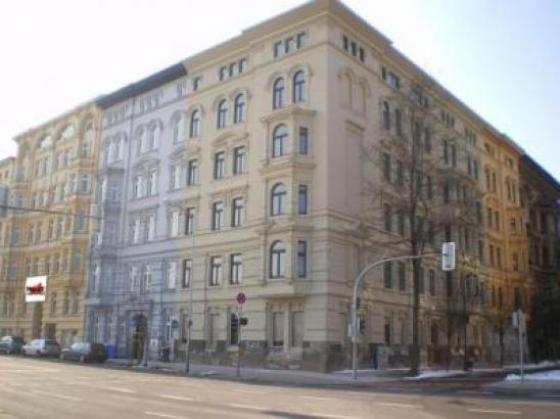 Wohn und Geschäftshaus in Magdeburgs Innenstadt