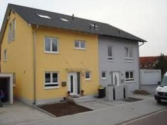 energiesparende doppelhaush lfte mit 4 5 zi 110 m wp fussbodenheizung kfw 70 in abstatt. Black Bedroom Furniture Sets. Home Design Ideas